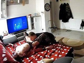 Guy licks pussy until orgasm - Guy licks cunt of girlfriend to orgasm