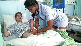 Jasmine Webb – fake nurse gives blowjob