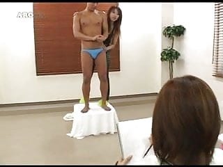 1 tranny 1 gir 1 man - Asia handjob 2girls 1 man
