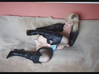 Bbw fisting herself Cute blond in leather boots fisting herself