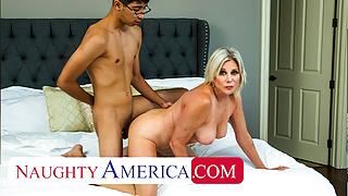 Naughty America - Sexy Cougar Payton Hall fucks young cock