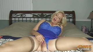 Big bOObed MILF Charlee Chase Vibrates Her Mommy Muff!