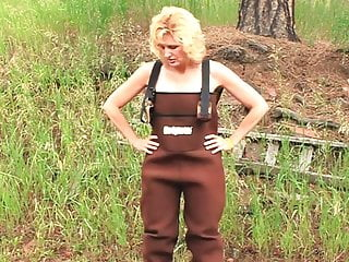 Naked girls in overalls pics She gets a facial while in her brown overalls