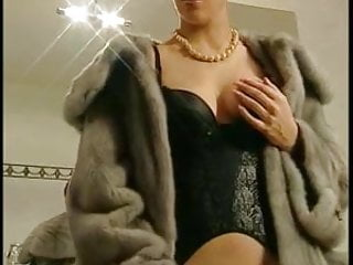 Yiffie gay fur Hot threesome with italian fur lady in a toilet
