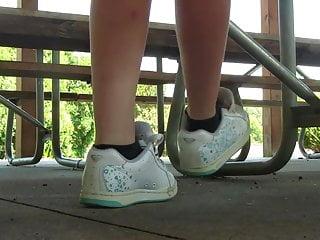 Skater socks fetish - Jessi roxy skater sneakers shoeplay preview