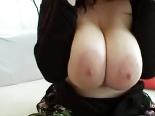 Guy fucked on top of car - Perfect big fat tits fucked by guy