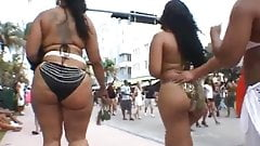 Two Big Booty Bitches At South Beach
