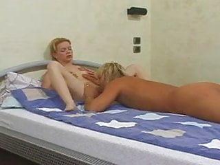 Making anal enjoyable Young girl with nice feet making anal sex