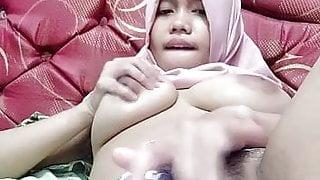 Hot asian tudung, hijab, jilbab slut playing herself 4