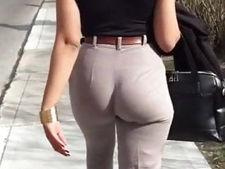 Business woman pussy licked Candid - business woman with incredible jiggle ass