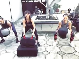 Minka kelly tit Alison brie, molly mcqueen, minka kelly working out