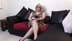 Step Mom Lusting Young Hung Black cock in her mouth