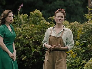 Annas lesbian Anna paquin and holliday grainger - tell it to the bees