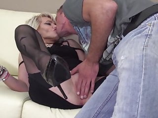 Full grown man penis - Grown mom gets it in the ass from son