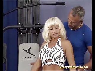 Japanese mature bodybuilder video - Mature bodybuilder fucked by her trainer