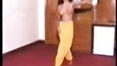 pakistani danceing girl 2