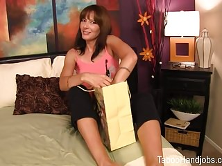 Bloody milf Mothers day seduction - zoey holloway taboo handjob