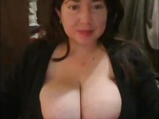 Huge giant enormous busty bbw - Sexy busty bbw huge tits :