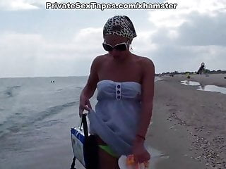 Video of my girlfriend getting fucked - Hottest amateur girlfriend getting real fuck on the beach