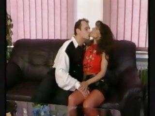 Flirt bikinis - Strassen flirt 1988