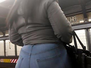 Busty ebony booty Big wide ebony booty in jeans