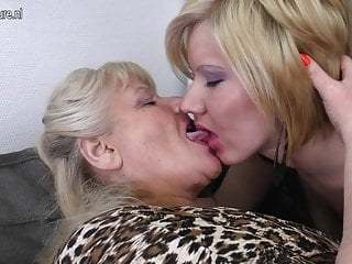 Matuer lesbian and young girl Granny fucks mature mother and young girl