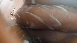 Wairimu-Esther --- shaving the pussy