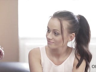Tiffany teen robyn naperville - Mature guitarist makes love with skinny brunette on sofa