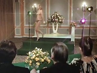 Rosemary turkey breast Diana dors rosemary england... nude 1979