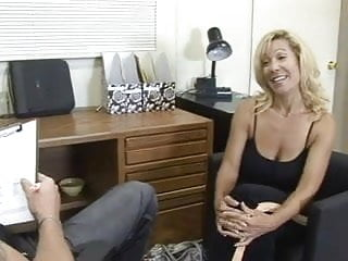 Rehead milf facial - Blonde mature milf facial