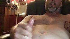 Rubbing my till i bust a big nut