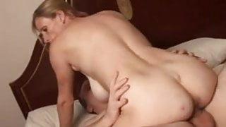 Slutty mature trailer trash loves to fuck