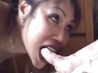Male asian fetish Female licks male feet 02184