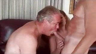 Enjoying Bi sex....mmmmm