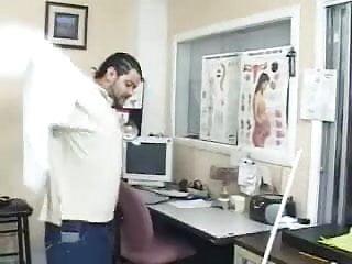 Pussy docters - De docter