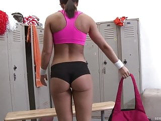 Cheerleader fucked Cute cheerleader fucked in the locker room