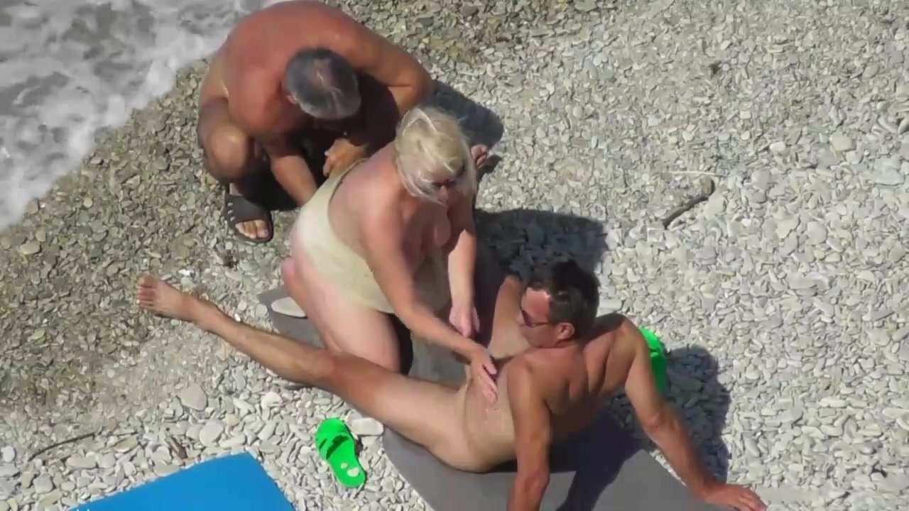 Aged Lust Spy Mature Couple Having Fun.tube Porn beach mature swingers