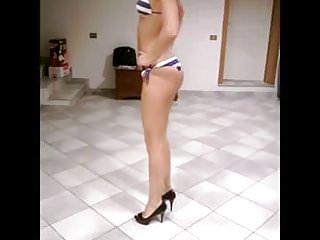 Cast of bikini frankenstein - Napoletana, video-provino...