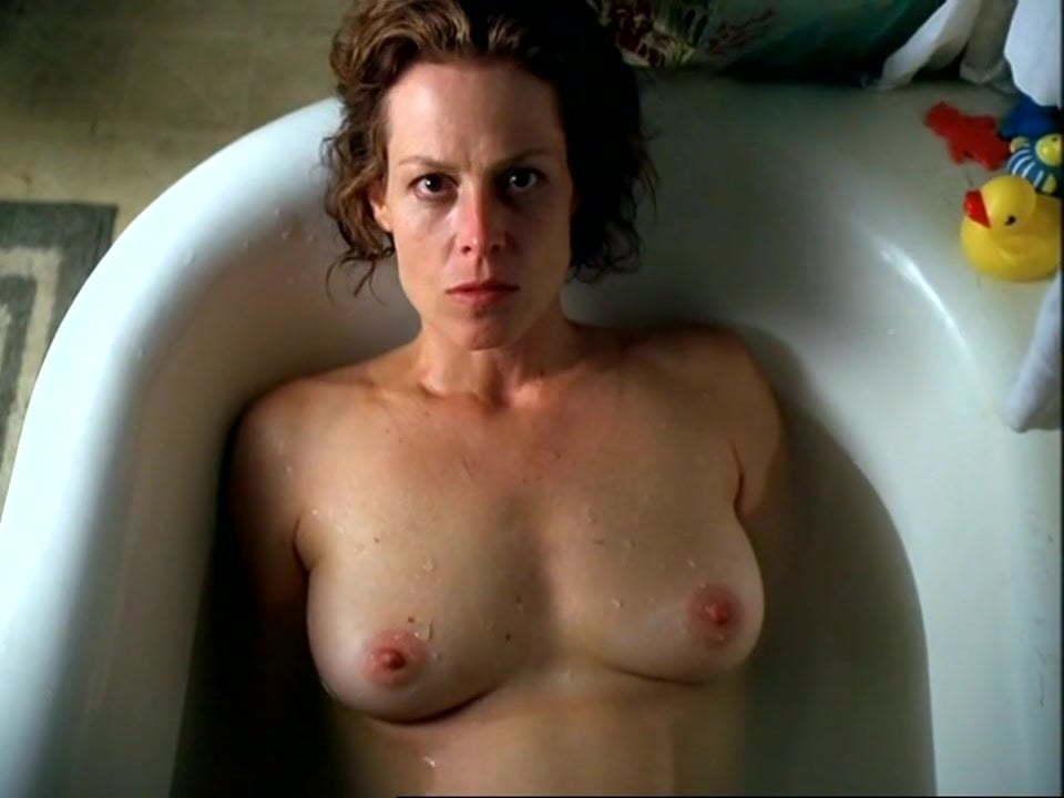 Sigourney weaver naked
