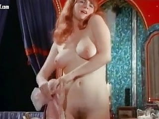 Vintage style living Dee lockwood - the secret sex lives of romeo and juliet