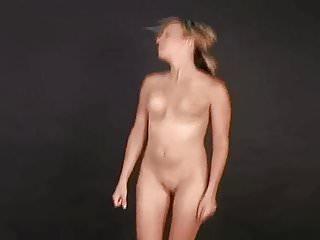 Jiggle tits run vid Girl running on the spot naked.wmv
