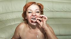 Mamá sin dientes de 74 años follada