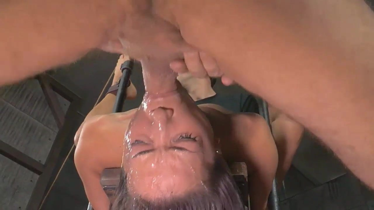 Amateur Wife Throat Fuck