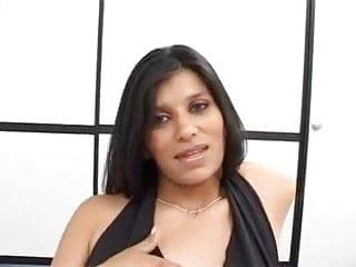 Pregnant latina tits - Pregnant latina con leche