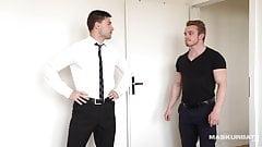 Hot Real Estate Agent & I Barebacked Him During Visit