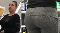 Slim Mexican Milf Has A Nice Booty - Leggings