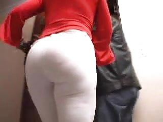 Wife who fuck stranger Mature big ass fuck stranger who is she