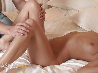 Cute twink gay ass - Orgasms short girl with cute little ass rides cock