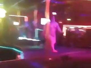Midget stripper inches Midget stripper fail lol