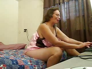 Home town tits Twiddles best ass in town